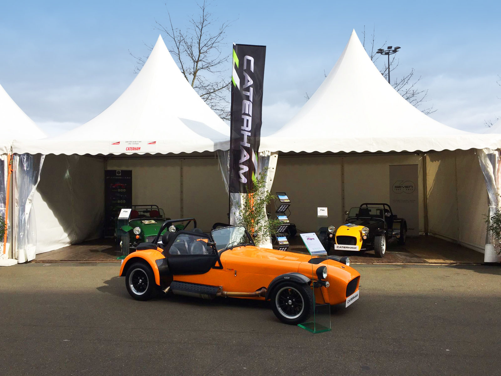 caterham feather flag